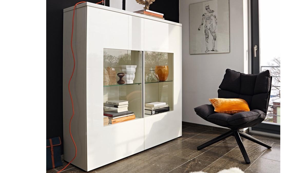 h lsta now time vitrine 980014 jetzt online konfigurieren. Black Bedroom Furniture Sets. Home Design Ideas