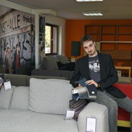 Worauf kommt es beim Sofa-Kauf wirklich an? Wie erkennt man echte Qualität? Die Einrichtungs-Profis geben Tipps.