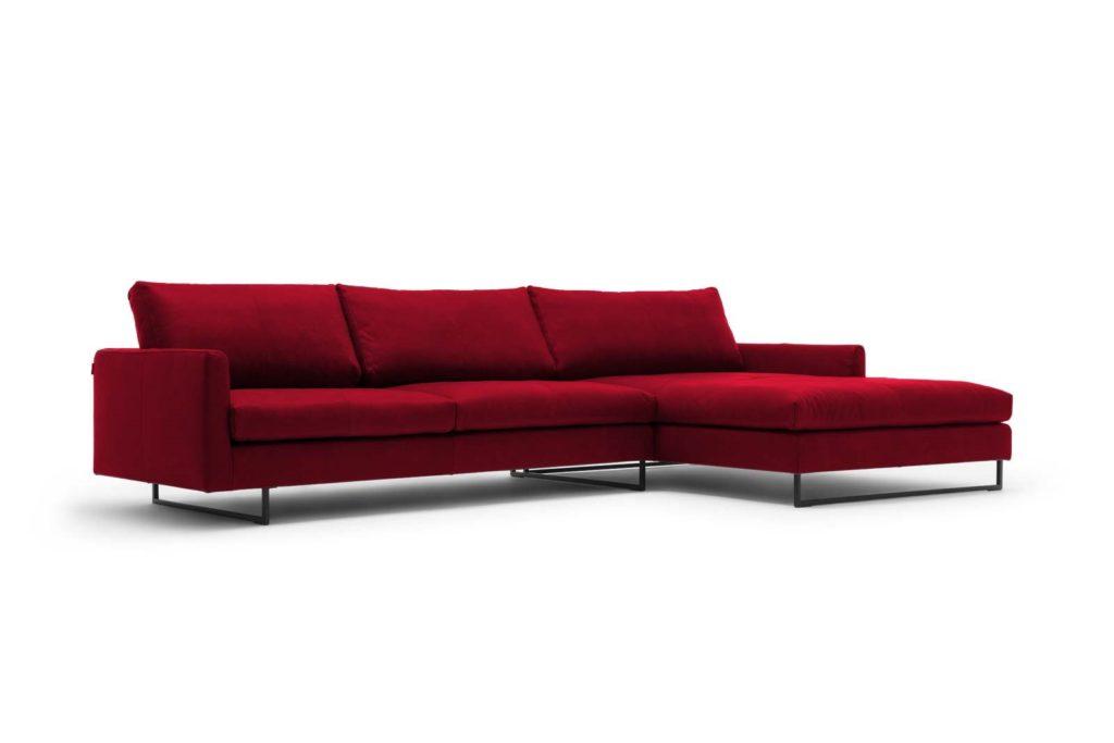 #9013 rubinrot Leder, freistil 134 Sofa mit Longchair rechts