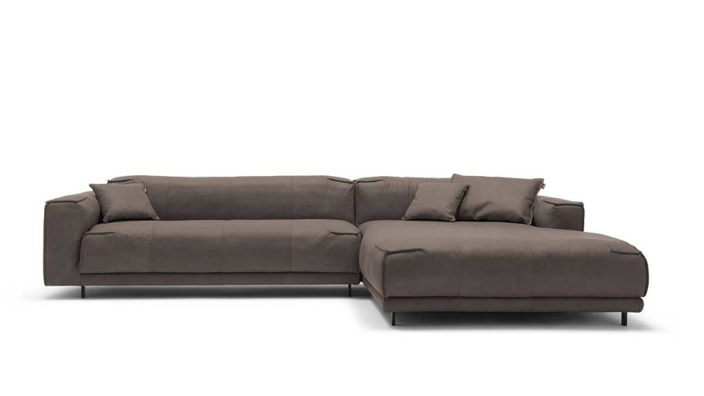 #9228 umbragrau Leder leicht angeschliffen - Nubuk-Effekt - freistil 136 Sofa mit Longchair rechts