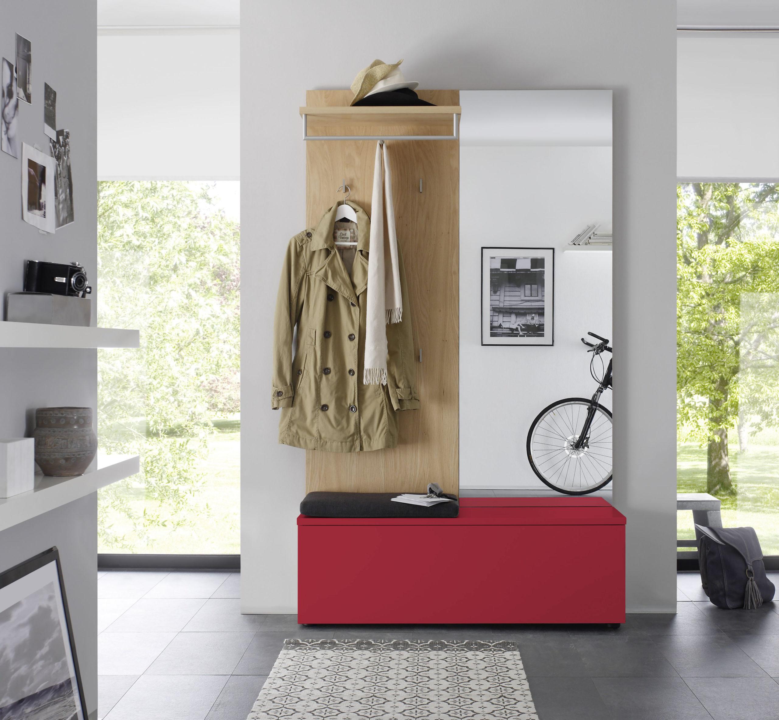 Sudbrock TANDO Garderobe in der Ausführung Ethno Eiche, Lack orientrot #454