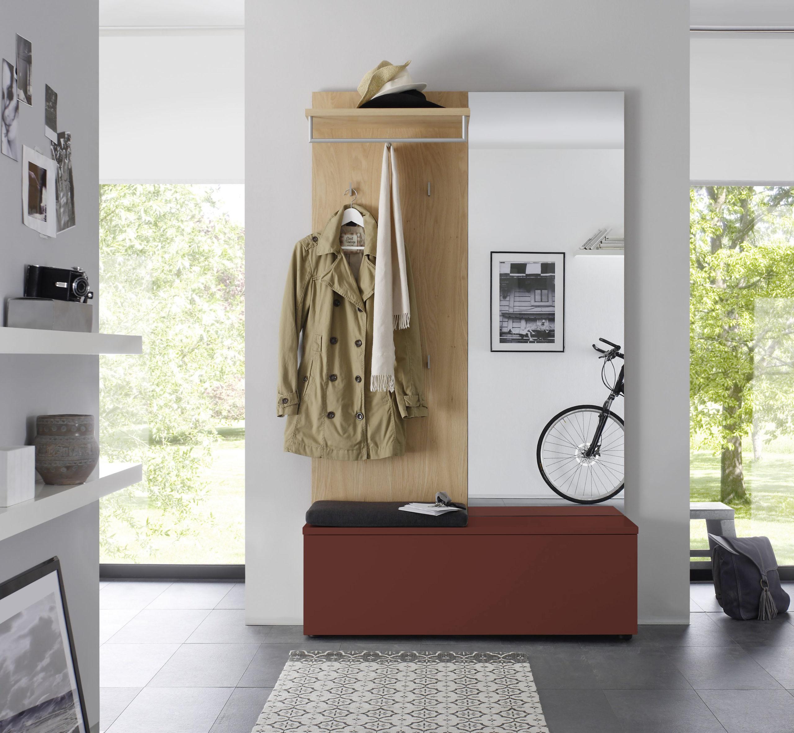 Sudbrock TANDO Garderobe in der Ausführung Ethno Eiche, Lack ziegelrot #480