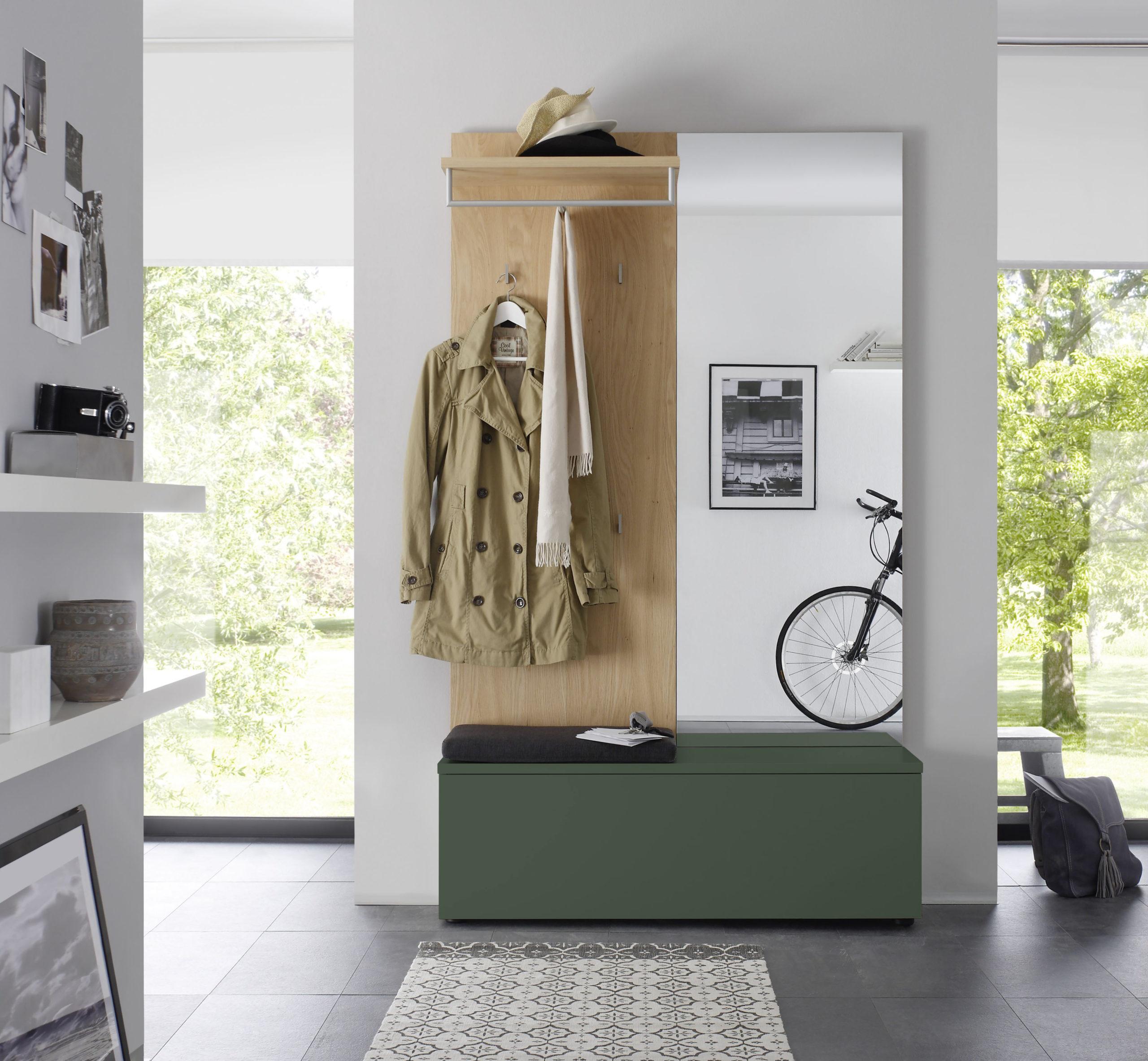 Sudbrock TANDO Garderobe in der Ausführung Ethno Eiche, Lack waldgrün #483