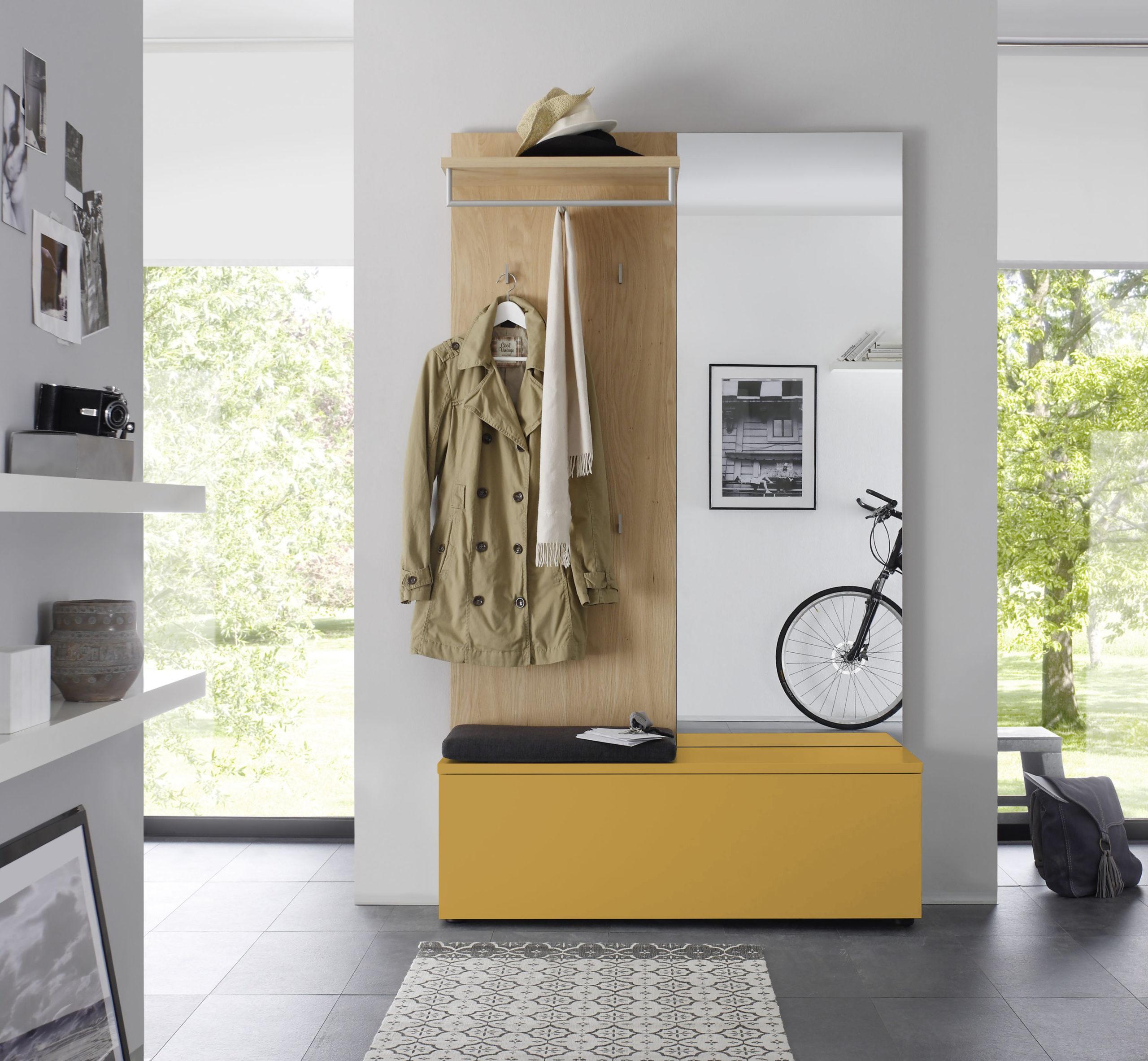 Sudbrock TANDO Garderobe in der Ausführung Ethno Eiche, Lack curry #490