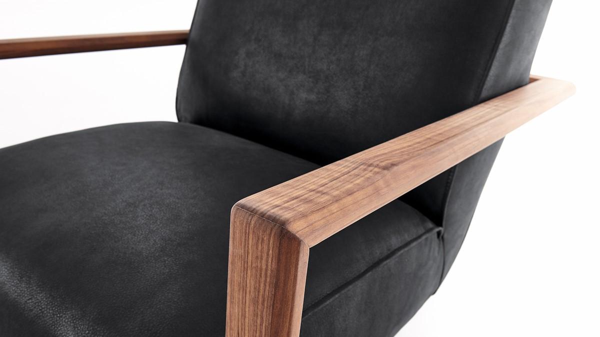 Der KOINOR ICARUS Sessel verfügt über eine super weiche Polsterung