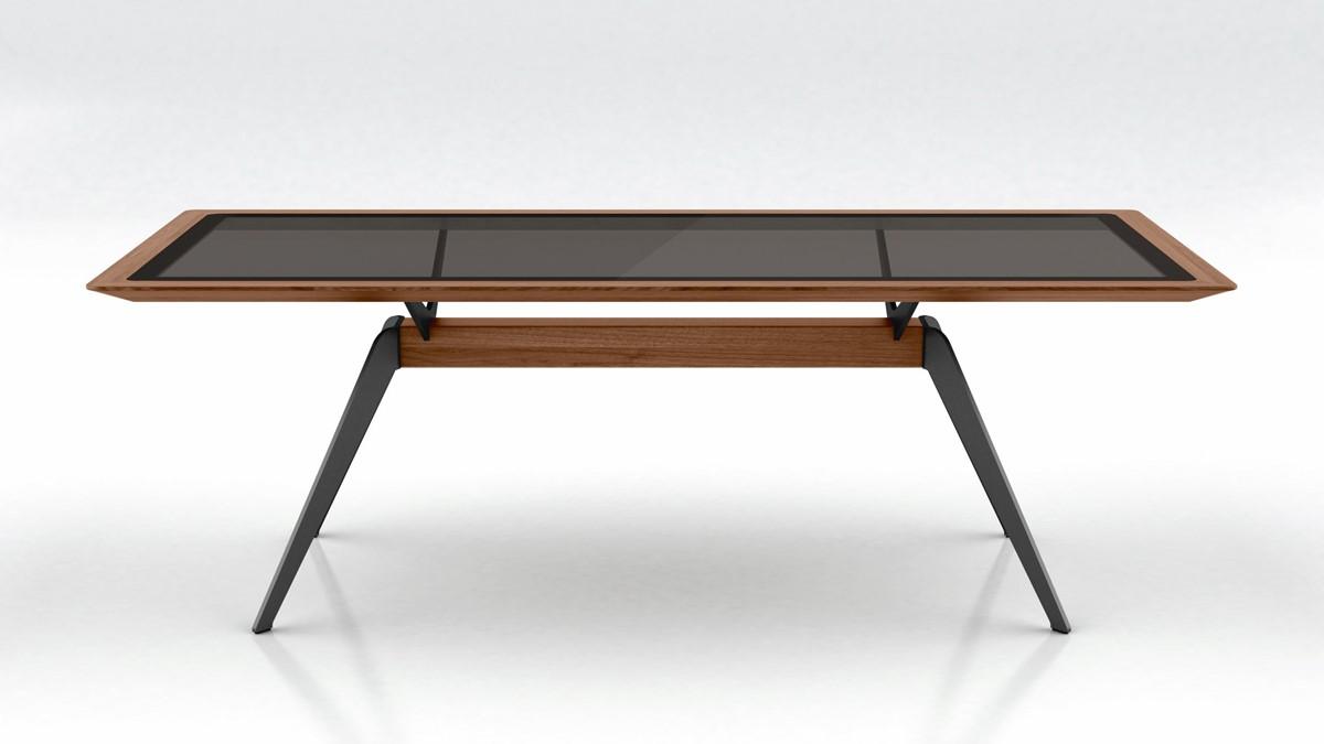 Die Tischplatte des hülsta SOLID Esstisches erinnert im Design an den Look eines Smartphones.