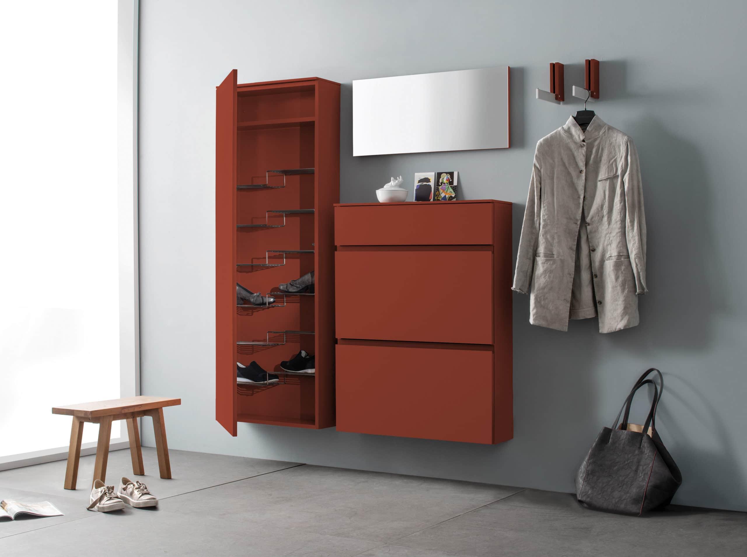 Sudbrock TANDO Garderobe No. 57 in der Ausführung Lack-indisch-rot #477