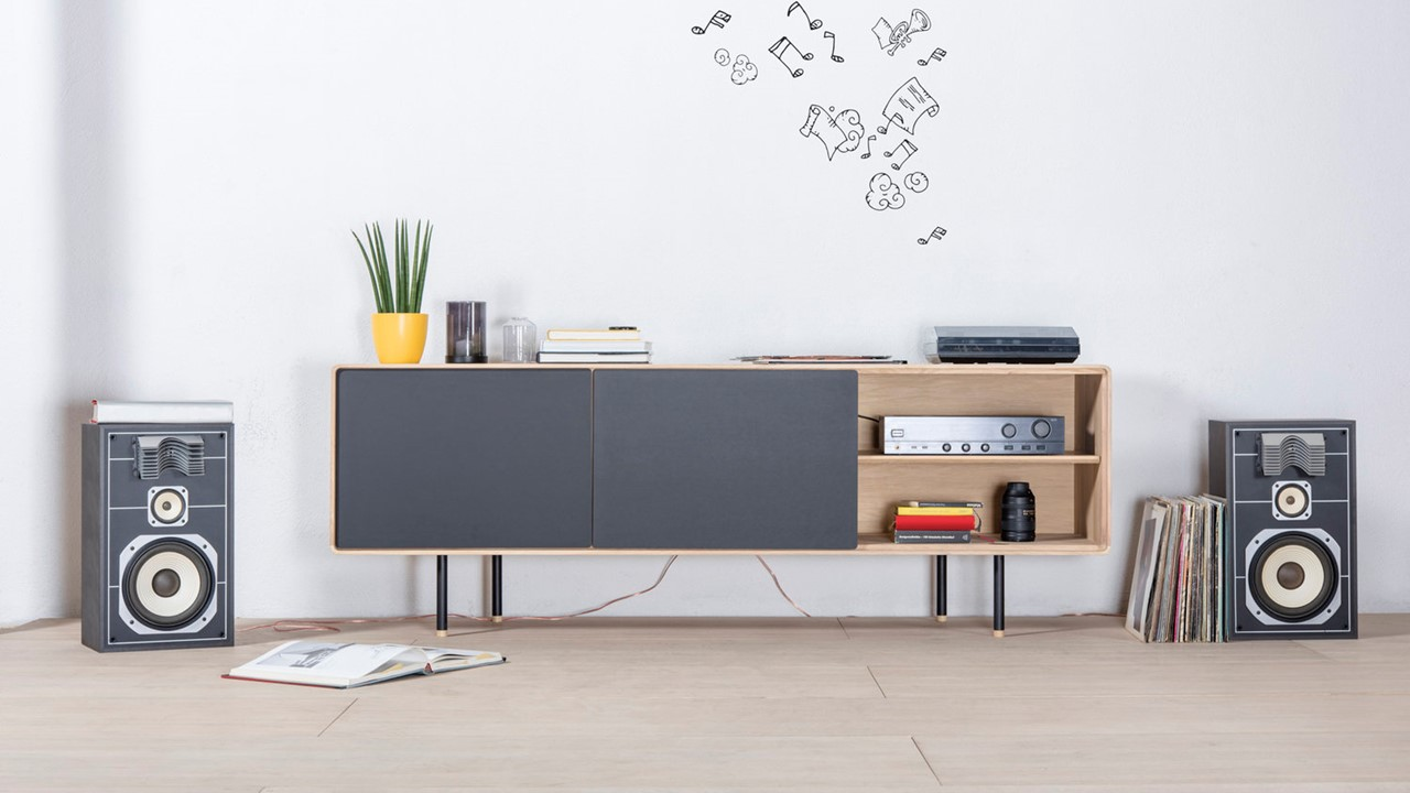 Das GAZZDA Fina Lowboard begeistert mit einem tollen Design. Im Markenmöbel-Onlineshop kannst Du es persönlich noch weiter individualisieren.
