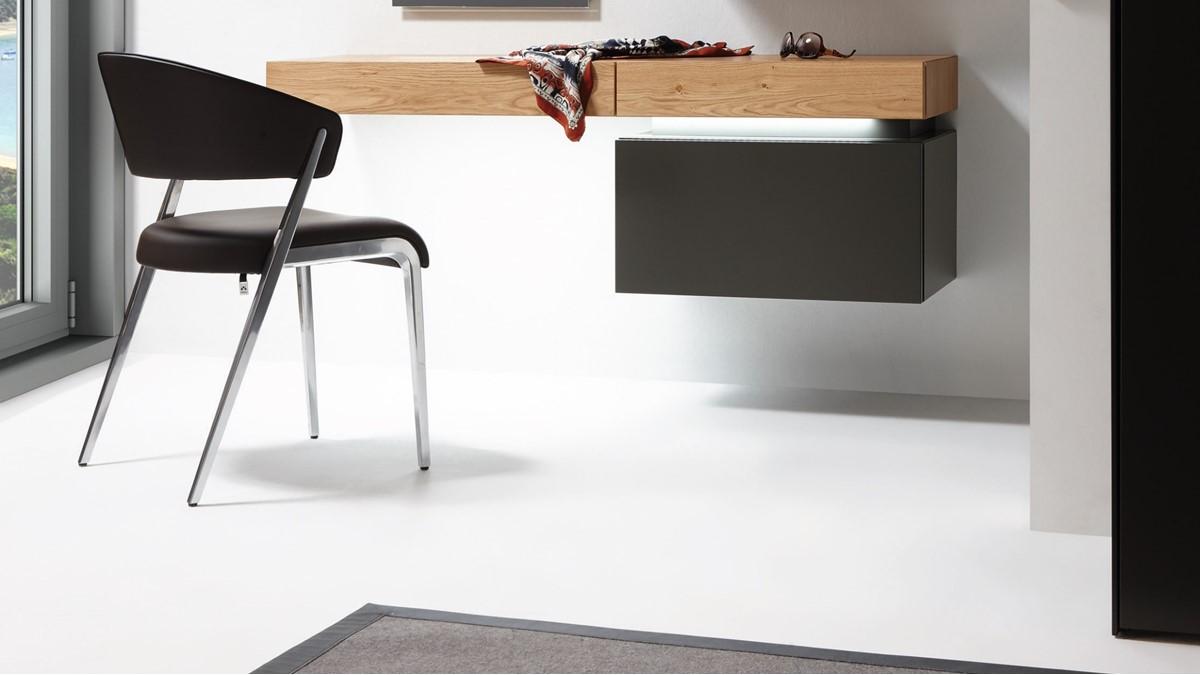 Konfiguriere jetzt Deinen persönlichen hülsta TETRIM Schreibtisch für Dein Home-Office.
