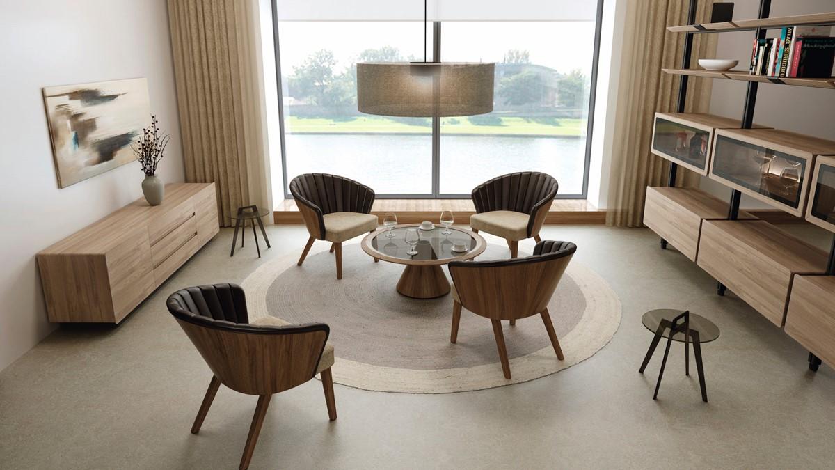 Set bestehend aus 4x hülsta SOLID Loungestuhl, 1x hülsta SOLID Loungetisch in Nussbaum massiv geölt und 2x hülsta SOLID Beistelltisch
