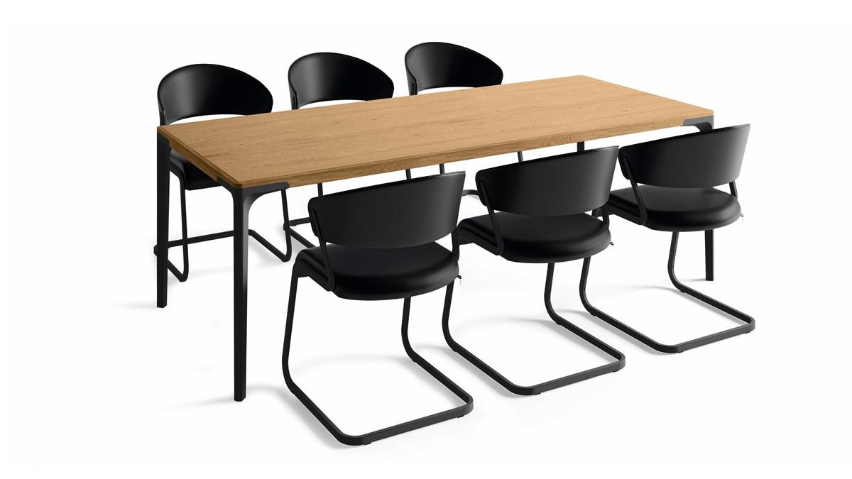 hülsta Essgruppe Black Edition Set L mit 6 Freischwingern und Tisch in Eiche