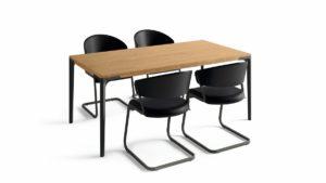hülsta Essgruppe Black Edition Set mit 4 Freischwingern und Tisch in Eiche 180 x 95 cm